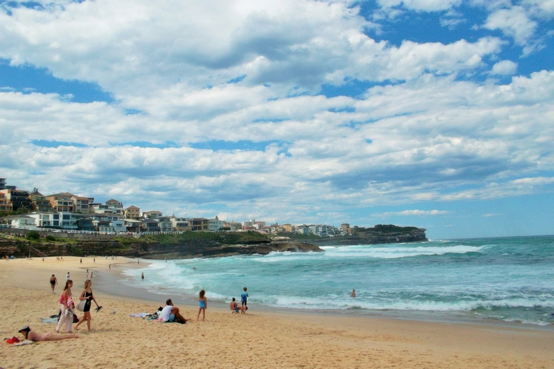 bondi to coogee walk bronte beach